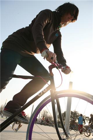 agatha-new-bike